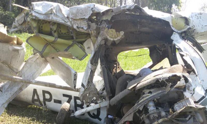 Photo of فیصل آباد میں نجی فلائنگ کلب کا طیارہ تباہ' دو افراد جاں بحق
