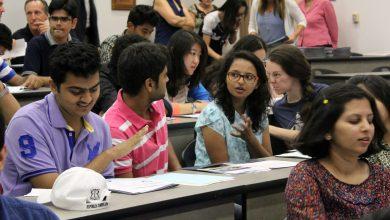 Photo of امریکا میں آن لائن کلاسز لینے والے غیرملکی طلبہ کو وطن واپس جانے کا حکم